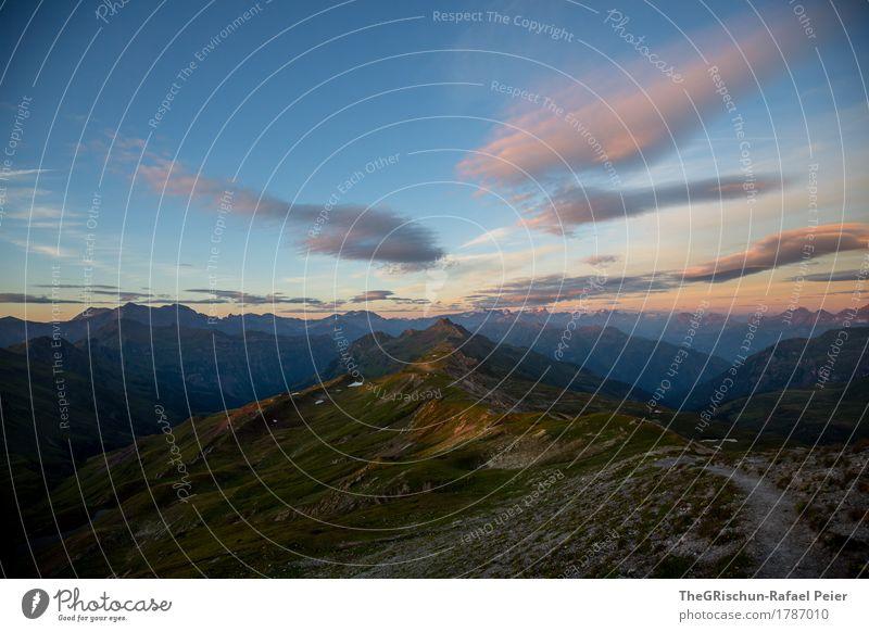 Wolkig mit Aussicht... Umwelt Natur Landschaft blau braun grau grün rosa Berge u. Gebirge Wege & Pfade Bergkamm Bergkette Wolken Langzeitbelichtung