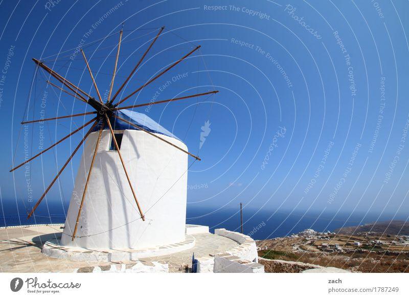 Warten auf Don Quijote Natur Wolkenloser Himmel Schönes Wetter Küste Meer Mittelmeer Ägäis Insel Kykladen Siphnos Sifnos Griechenland Dorf Altstadt Mühle