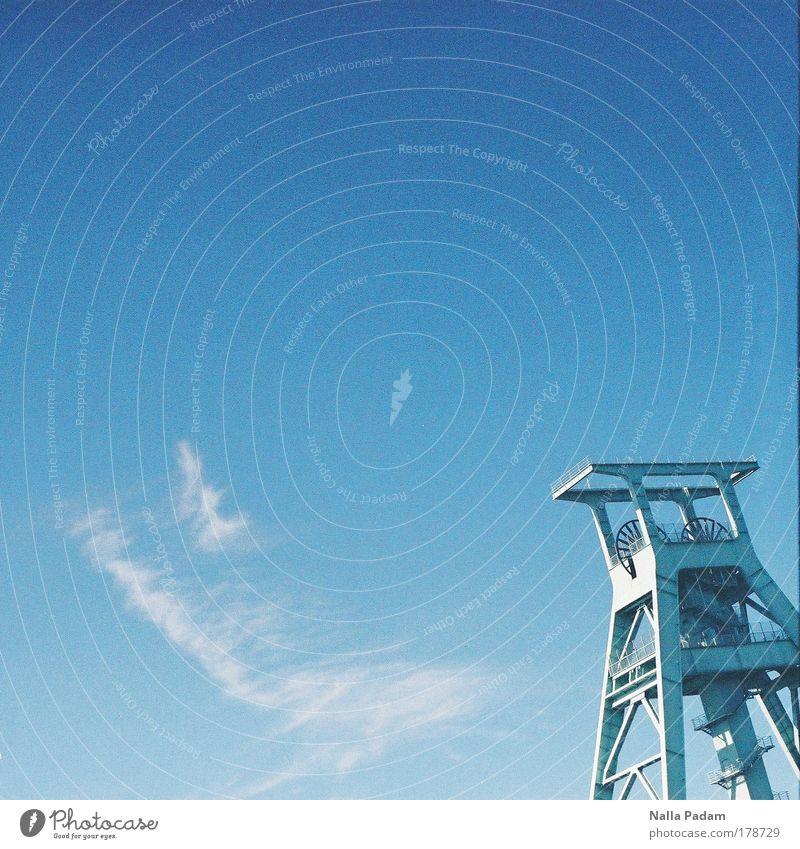 Eiffelturm des Ruhrgebiets alt Metall Energiewirtschaft Industrie Sehenswürdigkeit Ruhrgebiet Bergbau Schaubergwerk Museumsstück