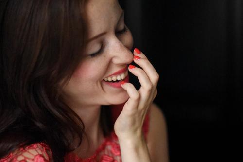 Glück_1787342 Mensch Frau Jugendliche schön Junge Frau ruhig Freude 18-30 Jahre Erwachsene Liebe feminin Stil lachen Feste & Feiern Haare & Frisuren
