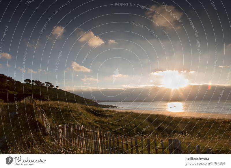 Sonnenuntergang am Strand in der Bretagne Meer Natur Landschaft Sonnenaufgang Sonnenlicht Atlantik Stimmung Glück Romantik friedlich Reinheit Glaube