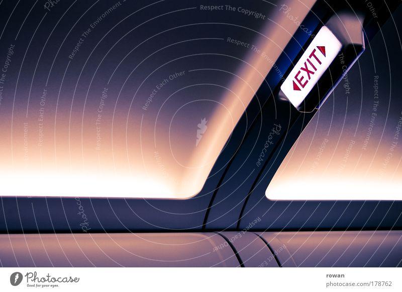 Die Exit Sitzreihe Ferien & Urlaub & Reisen ruhig Flugzeug Schilder & Markierungen Luftverkehr rund violett leuchten Fernweh Personenverkehr bequem Ausgang