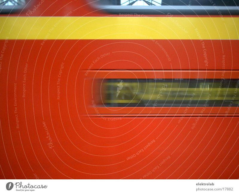 Regionalexpress Express rot gelb Verkehr regionalexpress motion