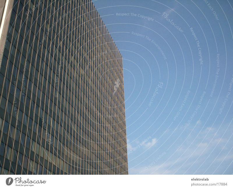 hochhaus Hochhaus Architektur Glas modern Berlin postbank blau Himmel