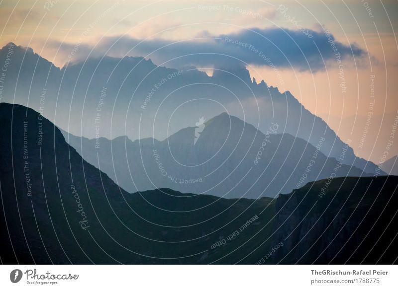 Schattenspiel Umwelt Natur Landschaft blau grau rosa schwarz silber weiß Berge u. Gebirge Wolken Außenaufnahme Bergkamm Silhouette Stimmung Licht Schweiz Alpen