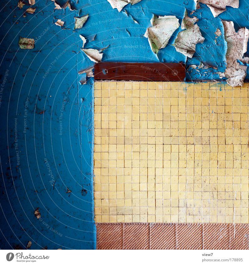 Mosaik alt blau gelb Stein Linie Raum Wohnung Zeit verrückt Bad kaputt authentisch Dekoration & Verzierung Häusliches Leben Vergänglichkeit