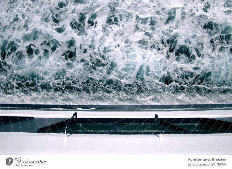 Backbordstrudel blau Wasser weiß Ferien & Urlaub & Reisen Sommer Meer schwarz Wasserfahrzeug Kraft wild nass Tourismus Perspektive Urelemente fahren