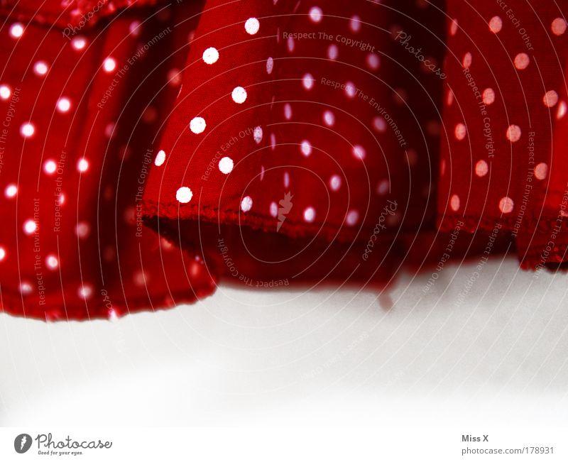 und wo is Anton? schön weiß rot Mode Bekleidung Kleid Punkt Stoff Rock gepunktet Saum