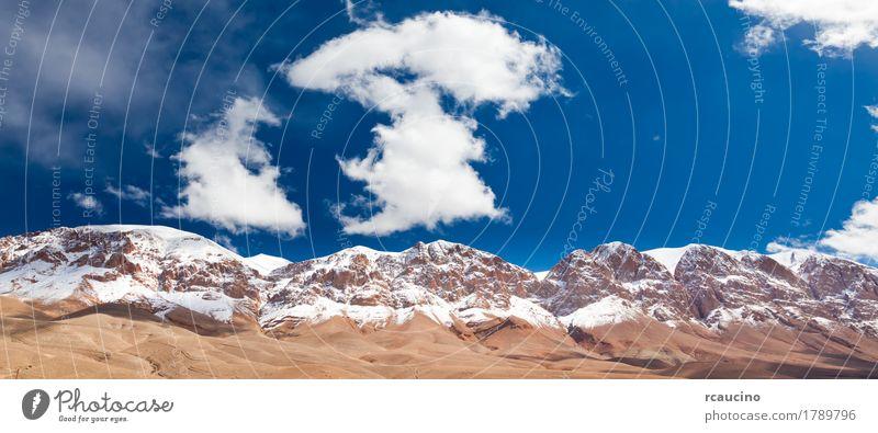 Marokko-Berg: schneite hohen Atlas, Dades-Tal. Schnee Berge u. Gebirge Landschaft Himmel Wolken blau Afrika maroc Gipfel Wildnis Farbfoto