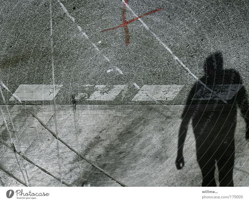 \\ SPURENSUCHE \\ Mensch Straße Tod Angst Verkehr bedrohlich Spuren Verkehrswege chaotisch Zerstörung Fußgänger Straßenverkehr Straßenbahn Unfall Zebrastreifen