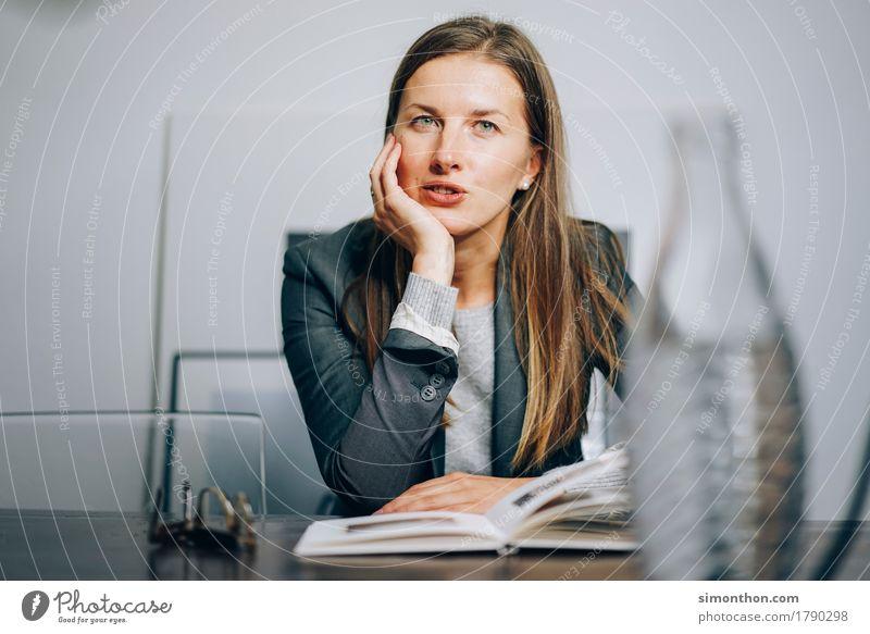 Talk Bildung Wissenschaften Erwachsenenbildung lernen Business anstrengen Beratung Erholung Erfahrung Erfolg Kommunizieren kompetent Konkurrenz Konzentration