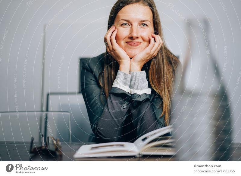 Fun Freude feminin Glück Stimmung Zufriedenheit Ordnung Kraft Kreativität Erfolg Fröhlichkeit Perspektive lernen Lebensfreude Coolness planen Neugier