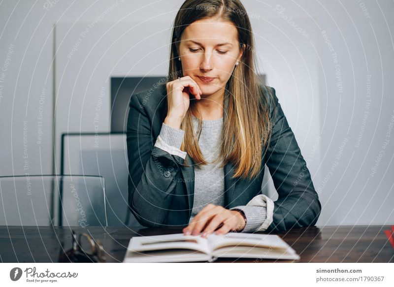 Business Lifestyle Reichtum elegant Stil Arbeit & Erwerbstätigkeit lernen lesen schön Neugier Erfolg Willensstärke vernünftig Weisheit klug Rechtschaffenheit