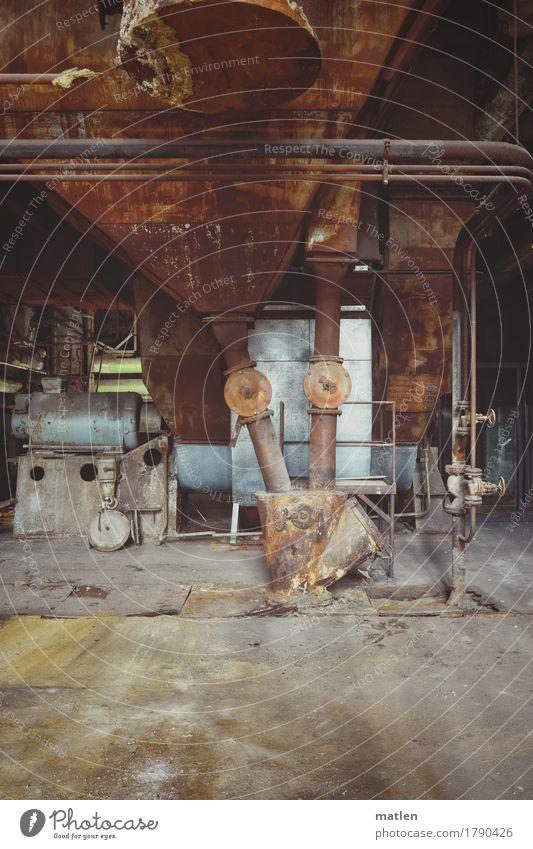 Schüttung alt blau dunkel gelb grau braun Energiewirtschaft Technik & Technologie Beton Industrie Stahl Rohrleitung Maschine Motor entladen Kohlekraftwerk