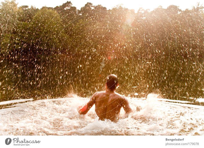 Ab-Baden Mensch Mann Natur Wasser Sonne Sommer Ferien & Urlaub & Reisen Ferne Erholung nackt Bewegung Freiheit Glück träumen Regen Zufriedenheit