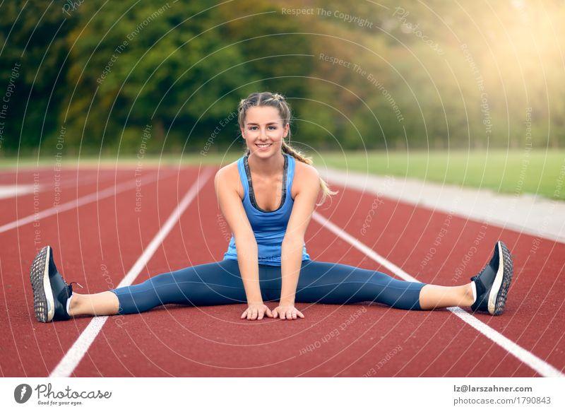 Mensch Frau Jugendliche Sommer schön 18-30 Jahre Gesicht Erwachsene Lifestyle Sport feminin Glück Textfreiraum Aktion blond Lächeln