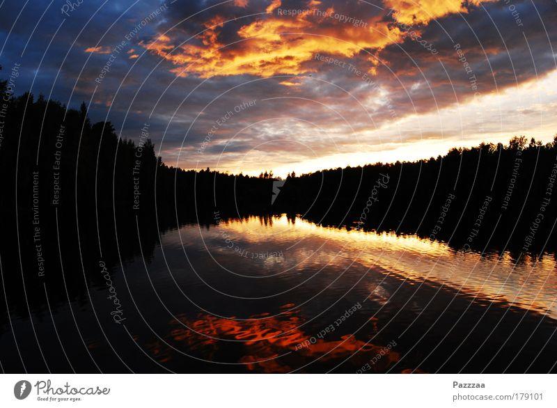 Photo. Finnish. Himmel Natur Wasser Landschaft Wolken Wald Glück See Luft Romantik Feuer Seeufer Spiegel harmonisch Hölle Finnland