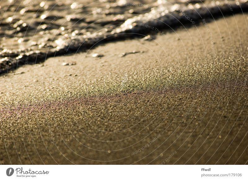Sand & Strand Natur Wasser Meer Strand Ferien & Urlaub & Reisen ruhig Einsamkeit Erholung Freiheit Sand Zufriedenheit Stimmung braun Wellen Umwelt Sauberkeit