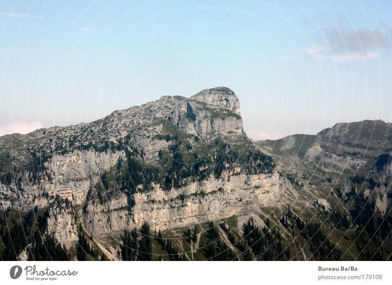 2051 M.ü.M. Farbfoto Tag Weitwinkel Berge u. Gebirge Gipfel fest blau Alpen Thuner See Schweiz Berner Oberland