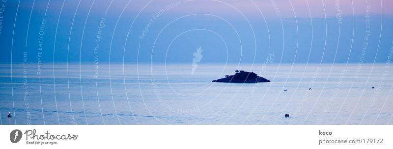 jedem seine insel Natur Wasser Himmel Meer blau Sommer Einsamkeit Gefühle Landschaft Wellen rosa groß Horizont Insel Idylle exotisch