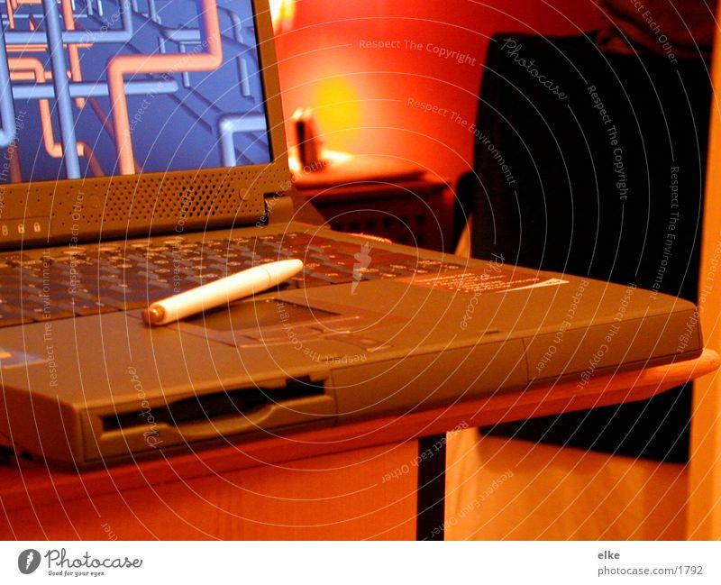läpi Computer Technik & Technologie Notebook Software Kugelschreiber Elektrisches Gerät