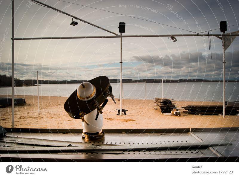 Alte Schankstelle Umwelt Natur Landschaft Wasser Himmel Wolken Horizont Schönes Wetter Seeufer Strand Strandbar Theke Zapfhahn Metall Kunststoff alt Idylle