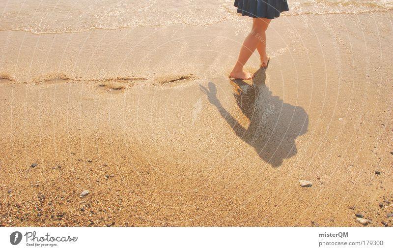 Walking Away. Sommer Ferien & Urlaub & Reisen ruhig Einsamkeit Ferne Erholung Gefühle Bewegung Freiheit Zufriedenheit Kunst Gesundheit elegant Zeit Hoffnung