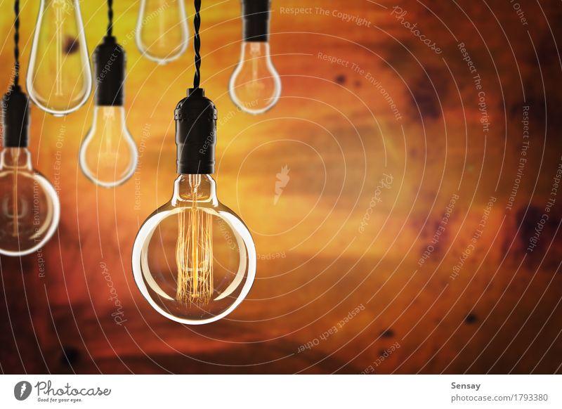 Idee und Führungskonzept Design Lampe Erfolg Wissenschaften Technik & Technologie alt hell gelb rot Energie Farbe Kreativität Hintergrund Knolle Entwurf