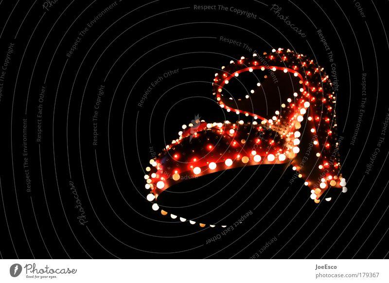 it's shoe time! Farbfoto Außenaufnahme Textfreiraum links Nacht Lichterscheinung Langzeitbelichtung Lifestyle Reichtum elegant Stil schön Häusliches Leben