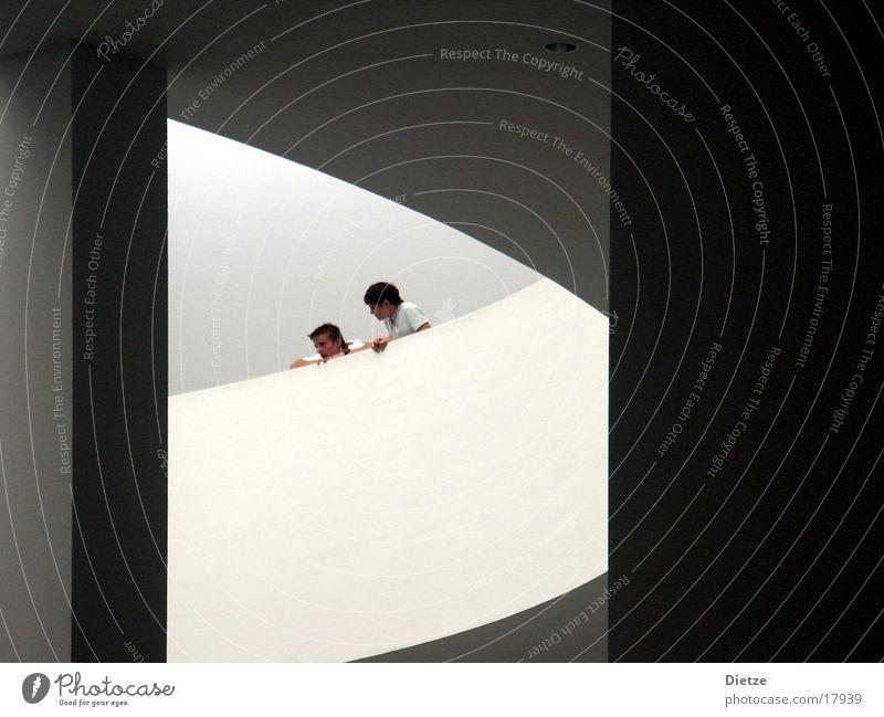 onlookers Mensch Architektur Publikum Kurve Geländer