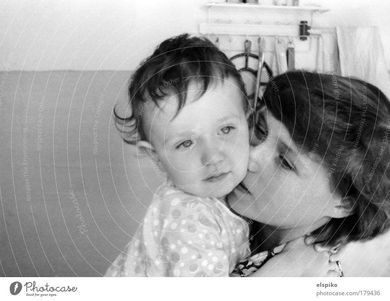 Guten Morgen Frau Mensch Kind Erwachsene Gesicht Auge Liebe feminin Junge Kopf Haare & Frisuren Kindheit Familie & Verwandtschaft Mund Eltern Haut