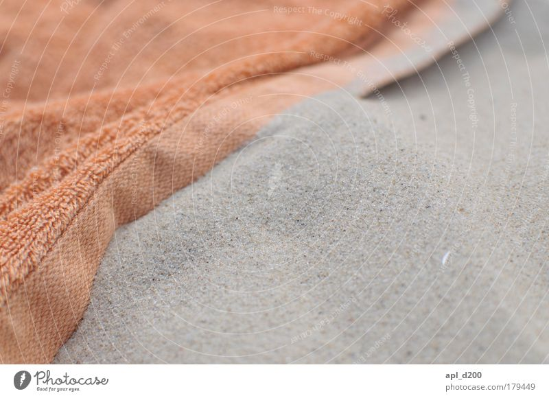 Strandtuch Farbfoto Außenaufnahme Nahaufnahme Detailaufnahme Menschenleer Textfreiraum rechts Textfreiraum unten Tag Sonnenlicht Schwache Tiefenschärfe