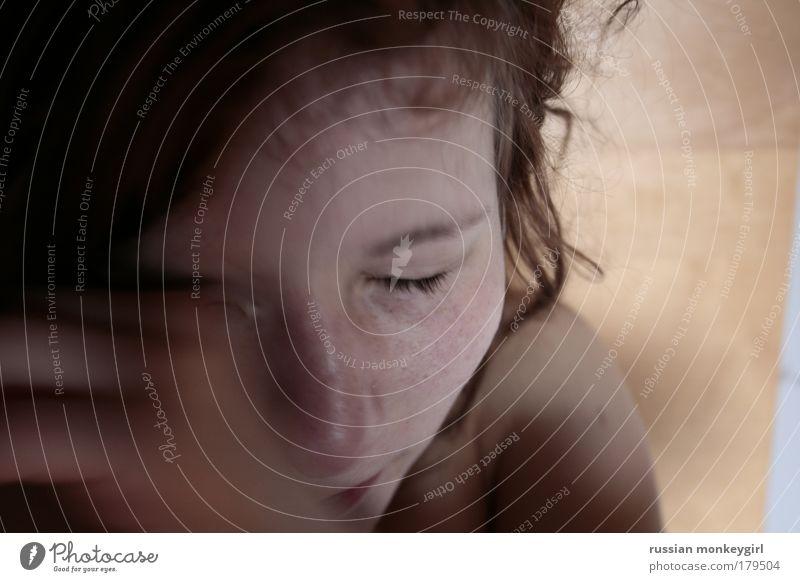 schmuß Jugendliche schön ruhig feminin Glück träumen Zufriedenheit Zusammensein schlafen Hoffnung nah authentisch liegen Küssen Schutz Vertrauen