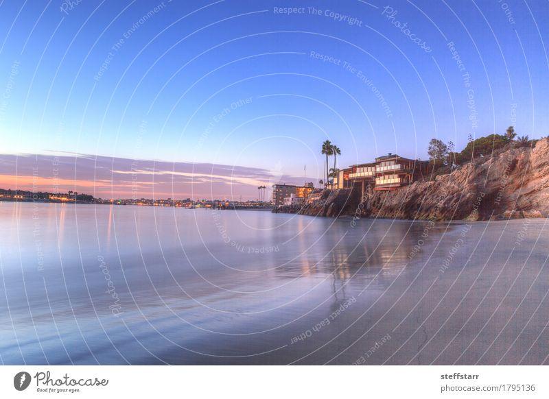 Sonnenuntergang über dem Hafen in Corona del Mar Ferien & Urlaub & Reisen Tourismus Himmel Wolken Sonnenaufgang Sommer Küste Strand Wasser blau violett orange