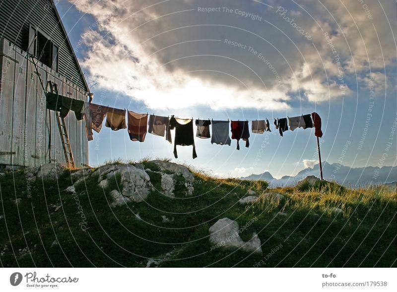 große Wäsche Natur Himmel Sonne Sommer Ferien & Urlaub & Reisen Wolken Ferne Erholung Berge u. Gebirge Freiheit Landschaft Luft wandern Tourismus Gegenlicht Alpen