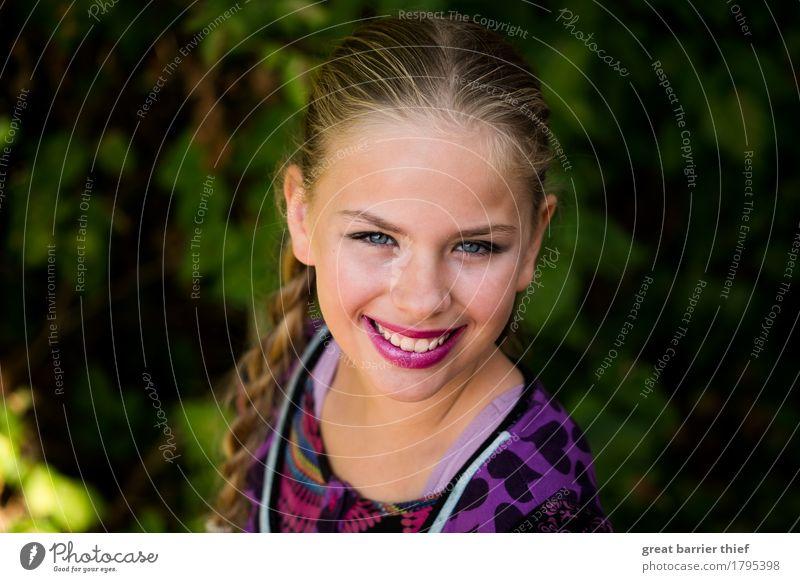 Mrs. Summerspring Mensch feminin Kind Mädchen Schwester Familie & Verwandtschaft Kindheit Jugendliche Leben Körper Kopf 1 8-13 Jahre Mode Bekleidung