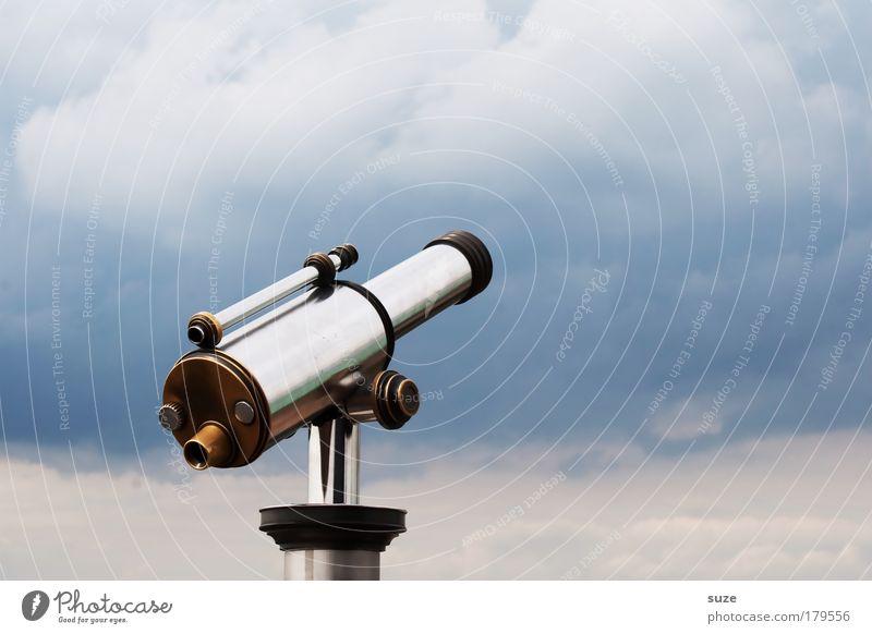 Guckst du Freizeit & Hobby Ferne Freiheit Sightseeing Himmel Wolken Wetter Fernglas Teleskop Metall beobachten glänzend blau Sehnsucht Fernweh Ziel Aussicht