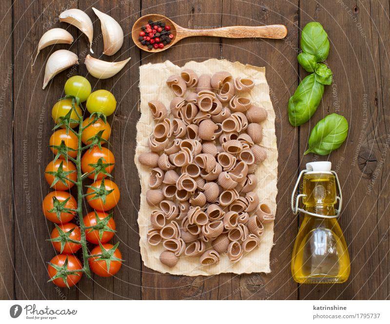 Ganze Dinkel Pasta, Gemüse, Kräuter und Olivenöl grün rot dunkel Gesundheit braun Ernährung frisch Kräuter & Gewürze Backwaren Flasche Mahlzeit