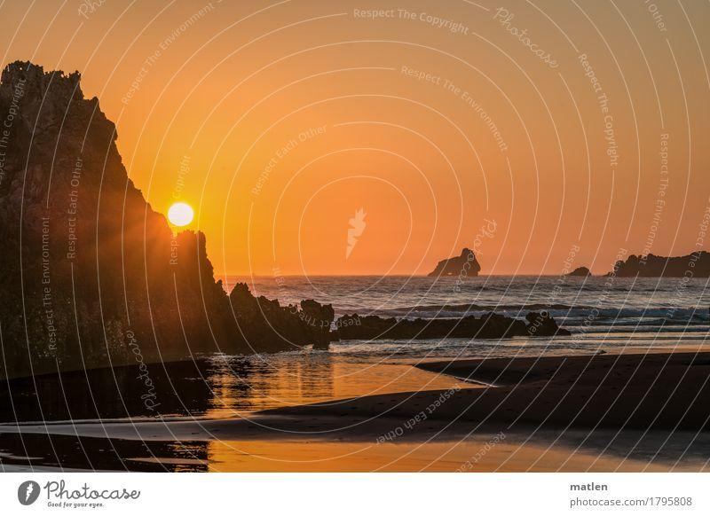 Moin Natur Landschaft Sand Luft Wasser Himmel Wolkenloser Himmel Horizont Wetter Schönes Wetter Felsen Wellen Küste Strand Meer eckig braun orange Klippe