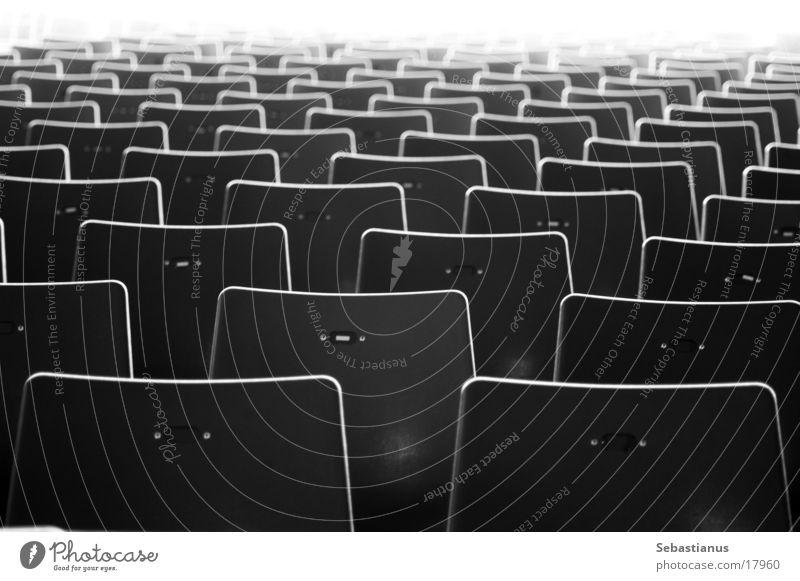 Waiting for visitors Stuhl grau Sitzgelegenheit Freizeit & Hobby Sitzreihe Open Air Kino leer Reihe