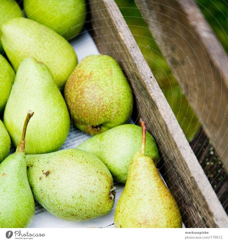 frische birnen... Menschenleer Lebensmittel Frucht Birne Birnbaum Birnbaumblatt Birnenstiel Ernährung Bioprodukte Vegetarische Ernährung Fasten Gesundheit