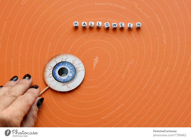 Halloween_1796462 Hand schwarz Feste & Feiern orange Schriftzeichen Finger Papier gruselig Wort Karton Gefäße erschrecken Nagellack aufgespiesst