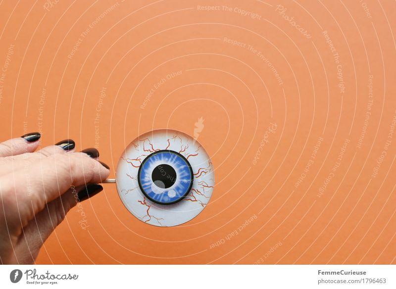 Halloween_1796463 blau Hand schwarz Auge orange beobachten Papier gruselig Karton Gefäße Sehvermögen Pupille erschrecken Nagellack überwachen