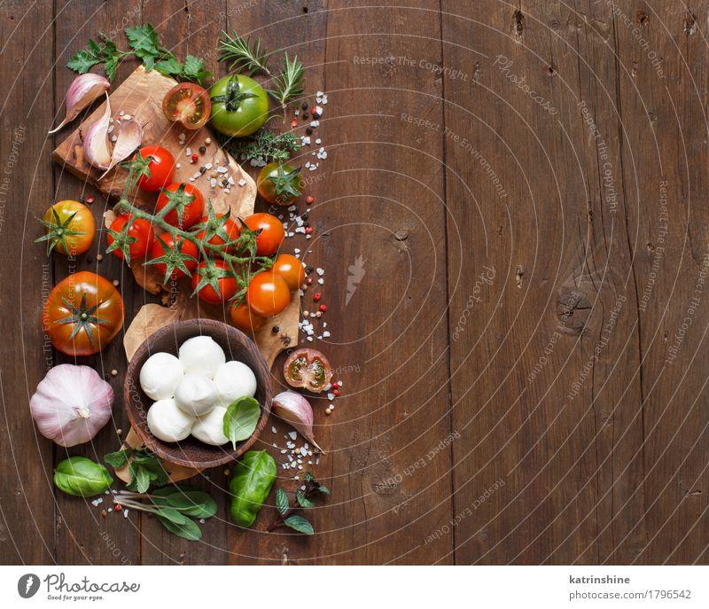 grün rot natürlich braun hell Textfreiraum frisch Kräuter & Gewürze Gemüse Brot Schalen & Schüsseln Flasche Mahlzeit Vegetarische Ernährung Diät Salatbeilage