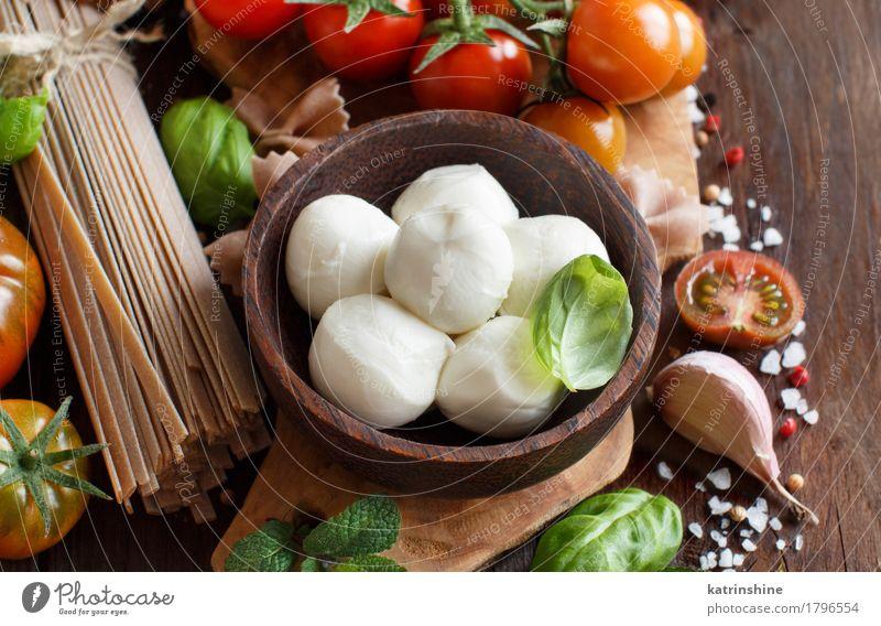 Italienische Küche ingridients grün rot braun hell frisch Kräuter & Gewürze Gemüse Brot Schalen & Schüsseln Flasche Mahlzeit Vegetarische Ernährung Diät