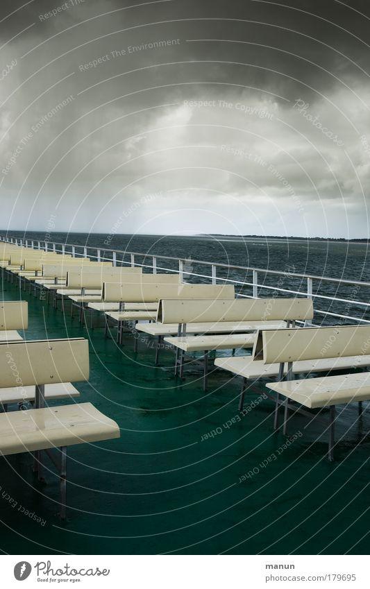 Freie Auswahl Wasser Meer Sommer Ferien & Urlaub & Reisen ruhig Wolken dunkel Herbst Regen Küste Wind Ausflug Tourismus Bank bedrohlich Klima