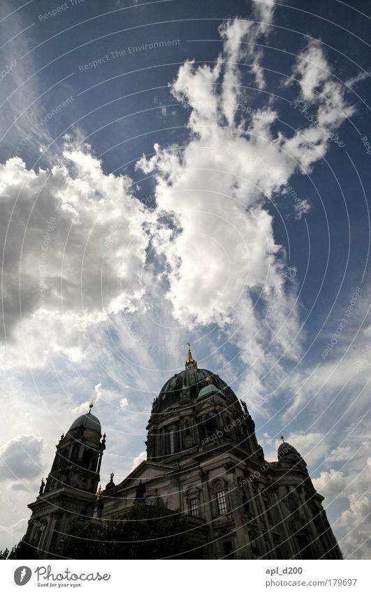 The Dome 16 alt blau weiß Berlin grau Kraft ästhetisch Kirche leuchten Wahrzeichen Sehenswürdigkeit Hauptstadt Deutscher Dom