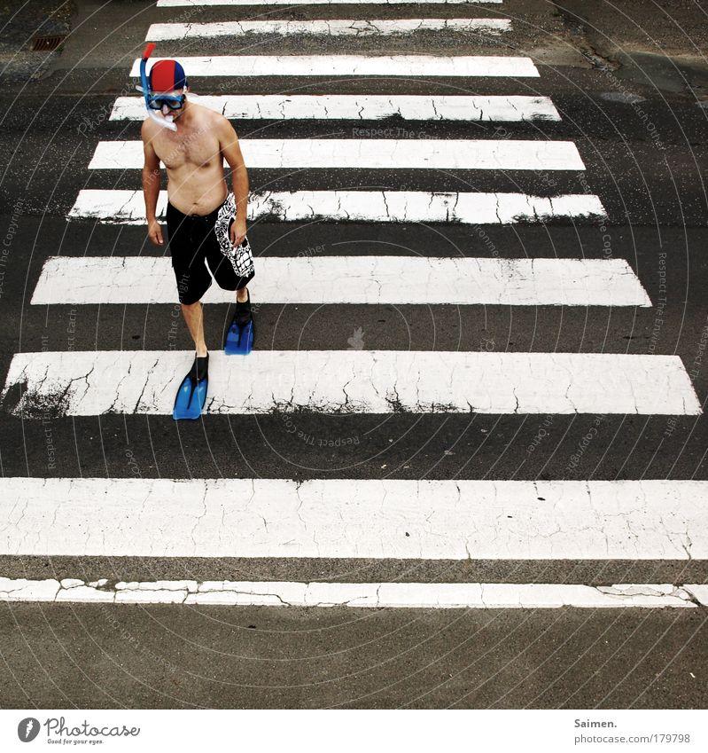 auf der suche Mensch Mann Erwachsene Sport gehen laufen maskulin Verkehr verrückt Unendlichkeit Sehnsucht tauchen skurril Lebensfreude Fernweh Straßenverkehr