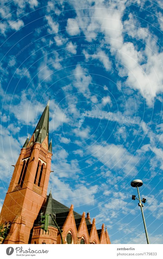 Friedrich Wilhelm Berlin Hauptstadt Himmel Sommer Wolken Religion & Glaube Kirche Kirchturm friedrich-wilhelm-kirche friedrich-wilhelm-platz Schöneberg