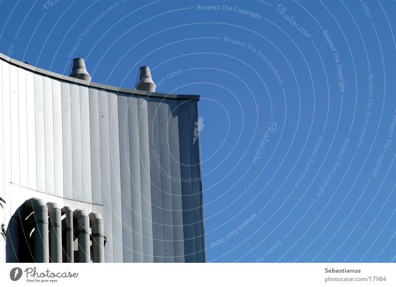 Heizung Architektur Studium Lagerhalle Schornstein Heizkörper Blauer Himmel